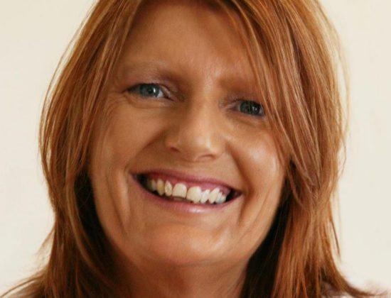 Amanda De Warren