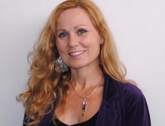 Annie Labri
