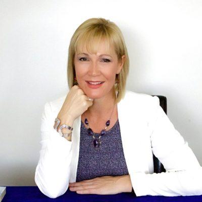 Sherry Van't Hag